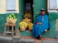 Vendedora de Frutas, Bogotá Colombia.
