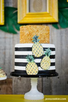 Pineapple Cake styled by Jenny Cookies | Featured on The TomKat Studio