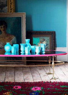 The Matthew Williamson Pink Mirror Coffee Table. Antique Coffee Tables, Mirrored Coffee Tables, Luxury Interior Design, Interior Exterior, Interior Colors, Matthew Williamson, Deco Turquoise, Crazy Home, European Style Homes