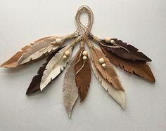 Plumas, plumas decorativas, arbolado, boho, naturaleza inspirada del fieltro, inspirada pluma de aves ornamentales. 5 piezas. por lanilandgoods