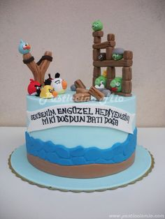 Angry Birds Cake  Cake by PasticcinoMio