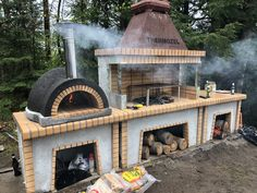 Firebrick outdoor kitchen with large pizza oven - ROTISSERIE BBQS Firebrick outdoo Outdoor Kitchen Patio, Pizza Oven Outdoor, Outdoor Kitchen Design, Outdoor Cooking, Backyard Patio, Outdoor Kitchens, Brick Oven Outdoor, Modern Outdoor Pizza Ovens, Outdoor Bars