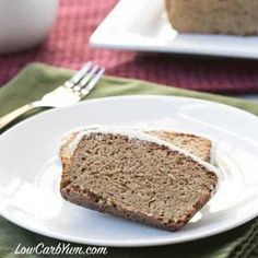 Want an easy low carb keto Paleo bread? Try this gluten free coconut flour psyllium husk bread recipe. It's a tasty bread to serve with breakfast or dinner. Low Carb Zucchini Bread, Low Carb Bread, Gluten Free Pumpkin Bread, Gluten Free Cakes, Almond Meal Pancakes, Keto Pancakes, Low Carb Chocolate Cake, Tasty Bread Recipe, Bread Recipes