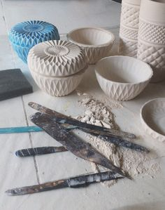 ceramic bowls sculptures triangle glass like bowls Ceramic Tools, Ceramic Clay, Ceramic Pottery, Pottery Art, Clay Clay, Pottery Ideas, Ceramics Projects, Clay Projects, Le Manoosh