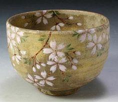 京都府 清水焼 陶器 舞い桜 抹茶碗