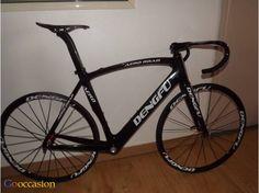 Vélo de course haut de gamme neuf cadre en carbone  - http://www.go-occasion.fr/velo-de-course-haut-de-gamme-neuf-cadre-en-carbone/