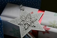 snowflake/ star ornament or gift tag