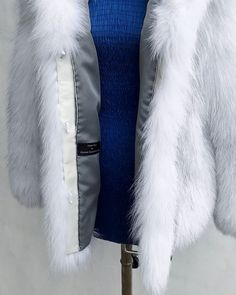 http://ift.tt/2yx2LPQ #foxfur #real #fur #jacket #coat #collection #etsy #clothing #designer #arcticfox #women #worldwide #handmade #jewelry #love #handmadejewelry #followme #celebrity #luxury #like4like #photooftheday #style #picoftheday #modern
