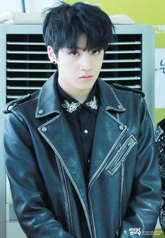 i'm your pentagon Pentagon Wooseok, Pentagon Members, Broken Home, How To Speak Korean, Joshua Hong, E Dawn, Fans Cafe, Jung Woo, Gwangju