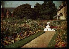 Autochrome anonyme, jardin, Circa 1910 - Antiq Photo - - [( 05. Musée supprimer_numero)] - Achat, vente et estimation gratuite d'appareils photos anciens, de photographies de collection et de daguerréotypes.