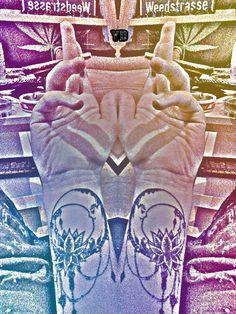 #yd #weedstrasse #weed #ganja #jibit #mond #moon #lotus #contrast #chill #dnb #new #tattoo #maryjane ganjatherapie Four Square, Hawaii, Villa, The Moon, Villas