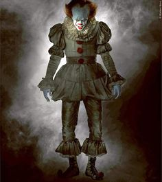 Photo gallery image of Pennywise 2 for New PENNYWISE the Clown Photo Gallery with Costume Designer Janie Bryant Comments. New PENNYWISE the Clown Photo Gallery with Costume Designer Janie Bryant Comments. Gruseliger Clown, Es Der Clown, Creepy Clown, Es Stephen King, Stephen King Movies, Stephen Kings, Es Pennywise, Pennywise The Dancing Clown, Pennywise The Clown Costume