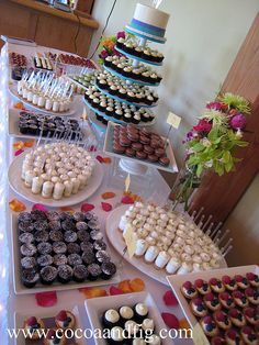 A fabulous way to set up a sweets table for events. All that's missing is the Mon Âme Chocolat!