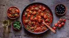 Chorizo, Chana Masala, Salsa, Cooking, Ethnic Recipes, Red Peppers, Kitchen, Salsa Music, Brewing