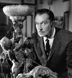 Vincent Price - My all time favorite horror actor. Thanks for the thrills Vincent! Halloween Movies, Scary Movies, Old Movies, Great Movies, Vintage Halloween, Halloween Horror, Happy Halloween, Vincent Price, Classic Horror Movies