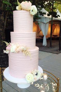 wedding-cakes-7-02282025-ky