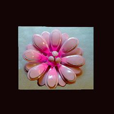 Flower Power - Vintage pink flower power pin. FROM 1960'S