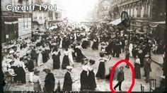 "Dancing the Bastille Day ""un bal populaire"" in Paris on 14 July, [[MORE]]APictureFromThisDay:Better wiki commons shot Paris 14, Old Paris, Vintage Paris, Vintage Vogue, Paris Bastille, Happy Bastille Day, Time Travel Proof, Paris Street, Street View"