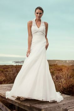 """Brautkleid Granada aus der Marylise Brautmoden Kollektion 2015 :: bridal dress from the 2015 Marylise collection """"Les nouvelles femmes"""" by Misolas"""