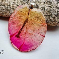 Siri Lanka sunset! Poartă culorile apusului la orice oră! Le găsești pe www.natureart.ro  jewelry #jewelrydesigner #jewelrymaking…
