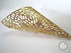 Large carved funnel tube, raw brass filigree, great for many different jewelry designs.  Quantity: 1  Size: 88mm (length) 25mm (opening)  ITEM#: 4F-V7-2015   Please stop by...