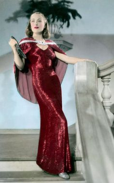 Joan Crawford as Anni Pavlovitch - 1937 - 'The Bride Wore Red' - Dress design by… Vintage Glamour, Old Hollywood Glamour, Classic Hollywood, Hollywood Style, Vintage Hollywood, Hollywood Divas, Hollywood Theme, Joan Crawford, Catherine Deneuve