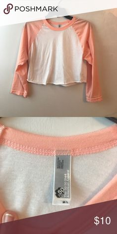 0d476f6777a496 peach american apparel cropped baseball tee in brand new condition! fits  more like a medium