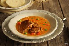 V kuchyni vždy otevřeno ...: Bratislavská vepřová plec Thai Red Curry, Pork, Beef, Ethnic Recipes, House, Kale Stir Fry, Home, Haus, Ox