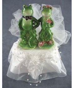 Funny Frog Prince and Bride Cake Topper