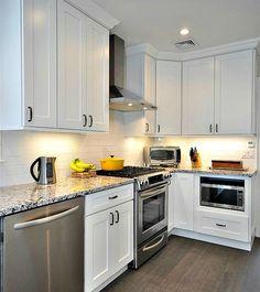 Aspen White Shaker Kitchen Cabinets    Cheap kitchen cabinets that I love!