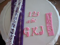 How to use Tappit cutters with sugar paste - Veena's Art of Cakes