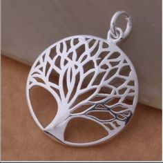 Tree of Life silver pendant necklace 18 inches Jewelry Necklaces