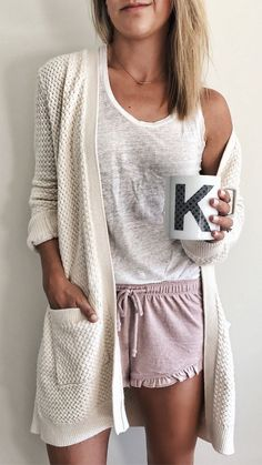 42 Style Inspiration To Not Miss Today - Outfit Trends Cute Lounge Outfits, Lazy Day Outfits, Casual Outfits, Cute Outfits, Fashion Outfits, Fashion Trends, Trending Fashion, Pajama Outfits, School Outfits