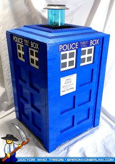 LEGO Doctor Who TARDIS stage prop