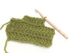 How to decrease in dc (US) or tr (UK) in each side Motif Mandala Crochet, Débardeurs Au Crochet, Gilet Crochet, Crochet Cardigan Pattern, Crochet Jacket, Crochet Stitches Patterns, Knitting Patterns Free, Free Crochet, Drops Design
