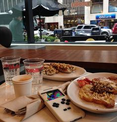 Recharging batteries at Nutella cafe. Nutella Cafe, God Save The Queen, Thessaloniki, Cheesesteak, Travelling, Smartphone, Chicago, Gaming, Hardware
