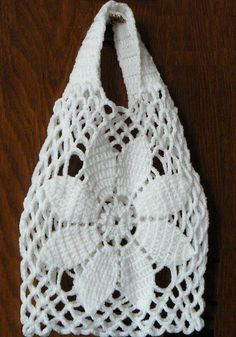 Crochet Handbags Stylish Easy Crochet: Crochet Bag Free Pattern For Summer and Beach Bag Crochet, Crochet Market Bag, Crochet Shell Stitch, Crochet Handbags, Crochet Purses, Free Crochet, Crochet Summer, Crochet Diagram, Crochet Baskets