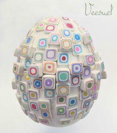 16-vee  Egg by Veesuel   http://polymere.veesuel.fr/?p=2486#more-2486