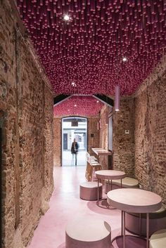 This project consists of a new design of a third bakery in Madrid which makes bread and cakes. The client believes that every bakery should be unique and different to the other ones and the only specific design request is the use of their coorporate...