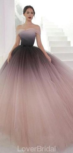Off Shoulder Ombre Purple Pink Tulle Ball Gown Prom & Schulterfrei Ombre Lila Rosa Tüll Ballkleid Ballkleider, & # The post Schulterfrei Ombre Lila Rosa Tüll Ballkleid Ballkleider, & & & ALLES appeared first on Prom dresses . Ombre Prom Dresses, Unique Prom Dresses, Backless Prom Dresses, Prom Party Dresses, Elegant Dresses, Pretty Dresses, Long Dresses, Ombre Gown, Elegant Ball Gowns