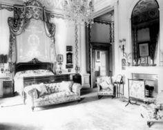 Queen's bedroom at Buckingham Palace.