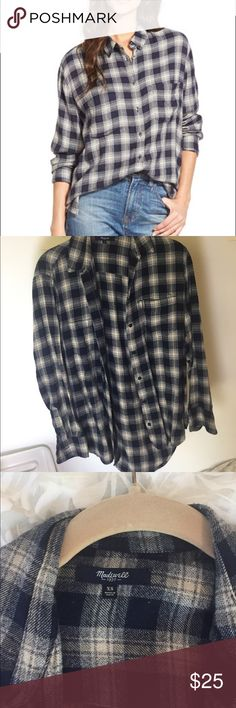 Madewell Oversized Boyshirt in Andover Plaid Very comfortable oversized shirt! Style E0333 Madewell Tops Button Down Shirts