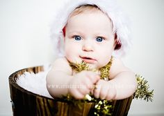 10 Easy Christmas Photo Ideas For Baby To Do At Home | Babble