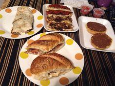 Esta fue la comida / cena valiente del sábado!!!... No!!!... Martha y yo no pudimos del todo... Era mucho el descaro y nos rendimos pronto... Así la vida de las tragonas arrepentidas!!!