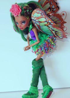 """Greenwild"" Ooak Monster High Custom Doll repaint redress by artist Bianka #DollswithClothingAccessories"