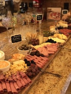 Geppetta Boards- Handmade Wooden Charcuterie and Cheese Boards Charcuterie Recipes, Charcuterie And Cheese Board, Cheese Boards, Meat And Cheese Tray, Cheese Table, Catering Food, Catering Display, Appetizer Table Display, Wedding Catering