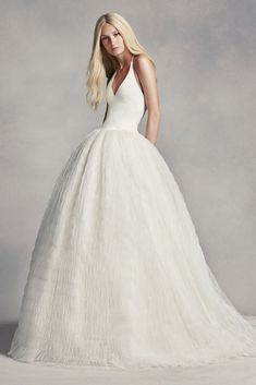 Extra Length White by Vera Wang Halter Tulle Wedding Dress - Ivory, 20W