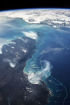 Queensland's Great Barrier Reef from space! #greatbarrierreef #queensland #space http://whytaboo.com.au/