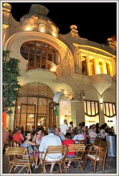 Hotel del Roma - Café del Roma - Peatonal - ArteNoche 2014