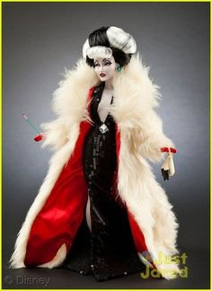 Introducing the Disney Villains Designer Collection dolls…Cruella de Vil Disney Princess Dolls, Disney Dolls, Barbie Collection, Designer Collection, Walt Disney, Evil Disney, Disney Magic, Barbie World, Disney Villains